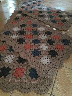55 super Ideas for crochet doilies placemat rugs Crochet Stitches Free, Crochet Diy, Crochet Amigurumi Free Patterns, Crochet Motifs, Crochet Home, Crochet Doilies, Crochet Coaster, Thread Crochet, Crochet Bedspread Pattern