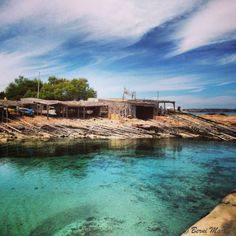 Total calm in a small fishing jetty situated in 'Es Calo' – Photo by © Berni Oh The Places You'll Go, Places To Travel, Ibiza Formentera, Places Of Interest, Beautiful Islands, Trip Planning, The Good Place, Spain, Around The Worlds