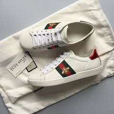 c9018259055 Rare !! GUCCI X NMD ADIDAS COLLABORATION Brand new with