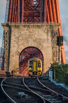 Train exiting the Forth Bridge Edinburgh Photography, Places To Travel, Places To Go, The Forth, British Rail, Train Pictures, Scotland Travel, Amazing Architecture, Bridges