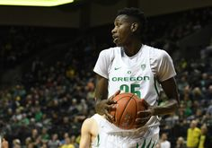 Oregon's Chris Boucher will not play against Fresno State = Oregon Ducks talent Chris Boucher will not play in the team's Tuesday night game against Fresno State, Dana Altman told FanRag Sports. Boucher is Oregon's leading.....