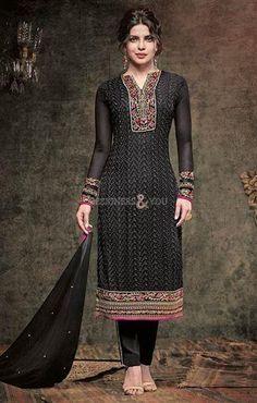 Latest Priyanka Chopra designer dress design salwar kameez Visit: http://www.designersandyou.com/dresses/bollywood-dresses #India Style #BollywoodTrend #Designer #DesignerWear #PartyWear #LatestCollection #Modern #Fashionable #Trendy #Fabulous #Embroidered #Gorgeous #New Look