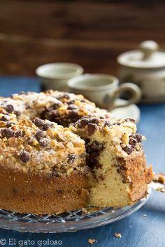 Bizcocho de café, nueces y chocolate