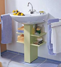 Under a bathroom sink, even a pedestal sink unit, you can add extra storage that. - Under a bathroom sink, even a pedestal sink unit, you can add extra storage that won& take up - Home Diy, Space Saving Bathroom, Small Bathroom, Cheap Home Decor, Bathroom Decor, Bathrooms Remodel, Home Decor, Bathroom Storage, Home Decor Tips