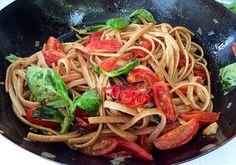 Pasta integrale tostata ai 3 pomodori   Food Loft - Il sito web ufficiale di Simone Rugiati