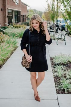 how wear denim shirt dress – black denim shirtdress outfit for fall Winter Fashion Outfits, Denim Fashion, Fall Outfits, Cute Outfits, Fashion Black, Petite Fashion, Fasion, Summer Outfits, Casual Outfits