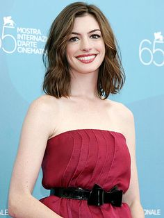 Venice Film Festival 2016: Throwback Photos : People.com ANNE HATHAWAY The lady in red has arrived! The Rachel Getting Married star radiated in crimson at a photo call for the 2008 film.