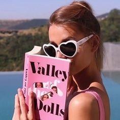 Imagem de pink, vintage, and style - Screenshots - Retro Boujee Aesthetic, Aesthetic Vintage, Aesthetic Photo, Aesthetic Pictures, Aesthetic Grunge, Photo Summer, Photo Wall Collage, Jolie Photo, Pink Walls