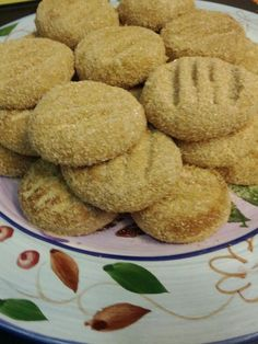 Polvorones... Mexican Cookies that melt in your mouth :)