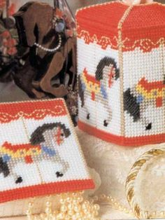 Plastic Canvas - Accessories - Decorations & Knickknacks - Carousel Horses - #FP00511