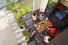 最近よく耳にする「グラピング」という言葉。 グラマラス(glamorous)とキャンピング(cam… Glamping, Japan Room, Courtyard Design, Restroom Design, Box Houses, Asian Design, Outdoor Furniture Sets, Outdoor Decor, Modern Industrial