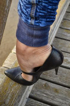 Sexy High Heels, Beautiful High Heels, Sexy Legs And Heels, High Shoes, Platform High Heels, High Heel Boots, High Heel Pumps, Pumps Heels, Heeled Boots