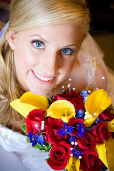 Blue, red and yellow wedding!...click on the picture to see the rest of the details from this wedding @Anne Klotzle :)