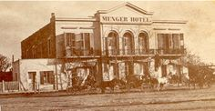 The Menger Hotel in San Antonio ca. Sibley gathered his regiment together and marched from San Antonio. Menger Hotel, Heroes Book, Texas History, New Mexico, San Antonio, Etched Glass, Double Doors, Pictures, Painting