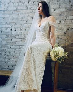 This week's is by 💞 This gorgeous fitted lace wedding dress with Italian tulle swing straps is sure to turn heads. Wedding Goals, Wedding Planning, Wedding Day, Fitted Lace Wedding Dress, Wedding Dresses, Mikaella Bridal, Tulle, Wedding Inspiration, Gowns