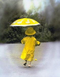 même sous la pluie . . . on trouve le soleil