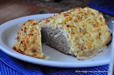 hashbrown crusted meatloaf~dinner meets breakfast A while back, Simply Potatoes inquired if I'd like to try out some of their products and offer a giveaway. Of course, I said yes- since I&#82…