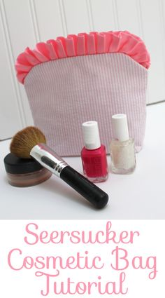 Seersucker Cosmetic Bag Tutorial www.amygigglesdesigns.com