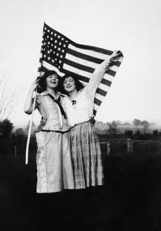 ✯ Two women frolic with an American Flag~ 1915 ✯