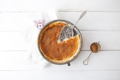 Looking for a good recipe for milk tart? Try this crustless honey milk tart, passed down from mum to daughter. Custard Recipes, Tart Recipes, Chef Recipes, Sweet Recipes, Cooking Recipes, Kinds Of Desserts, Cold Desserts, Milk Tart, Baking Business