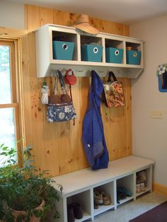 Thanks @MommyMoment for this suggestion of #organizing a mudroom