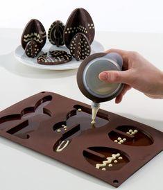 Forma Lekue Celebrate zajączek i jajko Easter Chocolate, Chocolate Art, Chocolate Molds, Cocinas Chocolate, Icing Tools, Desserts Ostern, Piping Icing, Baking And Pastry, Easter Treats