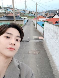 rowoon extraordinary you ; Ahn Hyo Seop, Chani Sf9, Sf 9, Cute Kawaii Drawings, Fnc Entertainment, Hanbin, Kpop, Soyeon, Handsome Boys