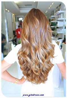 ohyea! this style and this color!