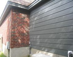 Best Exterior Paint Colors For House With Brick Decor Ideas Exterior Gray Paint, Exterior Paint Schemes, Grey Siding, Exterior Paint Colors For House, Paint Colors For Home, Exterior Colors, Grey Paint, Exterior Design, Brown Brick Exterior