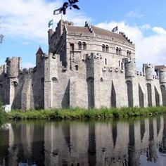GENT - Gravenkasteel - castle of the duces of Flanders Places To Travel, Places To Go, Romantic Destinations, Most Beautiful Cities, European Travel, Places Ive Been, Netherlands, Around The Worlds, City