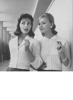 Vintage Knitting Pattern - Women's Cardigan - Shawl collar cardigan//sweater 1950s style by carolrosa on Etsy https://www.etsy.com/listing/177524486/vintage-knitting-pattern-womens-cardigan