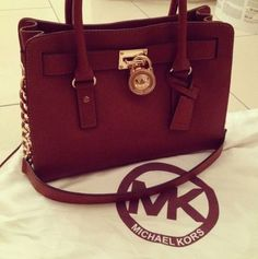 Welcome to our fashion Michael Kors outlet online store, we provide the latest styles Michael Kors handhags and fashion design Michael Kors purses for you. High quality Michael Kors handbags will make you amazed. Michael Kors Clutch, Outlet Michael Kors, Cheap Michael Kors, Handbags Michael Kors, Michael Kors Selma, Mk Handbags, Cheap Handbags, Black Handbags, Fashion Handbags