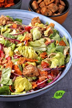 This crazy-good vegan Caesar salad with coconut bacon, crunchy oil-free croutons, and creamy almond dressing is the best! You can be guaranteed a clean bowl after serving up this crowd-pleasing, healthy salad – just be sure you save some for yourself because it is delicious. Healthy Side Dishes, Side Dish Recipes, Whole Food Recipes, Healthy Recipes, Free Recipes, Coconut Bacon, Plant Based Eating, Caesar Salad