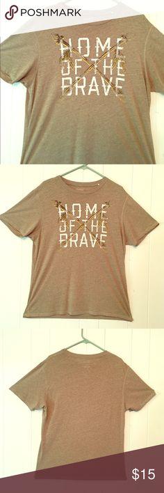 🎉HP🎉 Daniel Cremieux T-Shirt Daniel Cremieux T-Shirt, Great Condition. 💥🎉Host Pick Men's Style Party 4/28/17💥👍🎉 Daniel Cremieux Shirts Tees - Short Sleeve