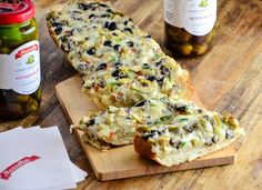 olive cheese bread-1