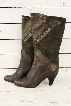 vintage 1980's boots glamm http://www.sugarsugar.nl/cant-handle-boots-p-9001.html?sort=1d&page=2