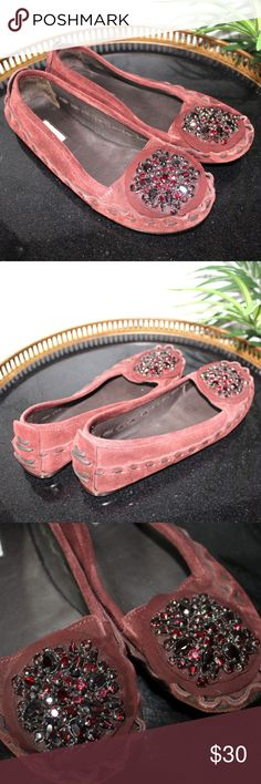Vera Wang Moccasins Good Condition Vera Wang Shoes Moccasins