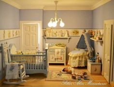 Pilar Calle Miniature