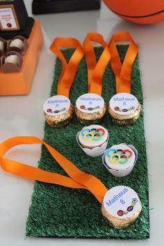 Kids Soccer, Soccer Party, Sports Party, Food Humor, Funny Food, Taekwondo, Boy Birthday, Gifts, Bernardo