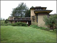 Taliesin. Frank Lloyd Wright. South of Spring Green, Wisconsin. 1911,1914, 1925 (remodels after fires)
