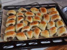 Paszteciki z farszem mięsnym Hot Dog Buns, Hot Dogs, Griddle Pan, Bread, Food, Grill Pan, Brot, Essen, Baking