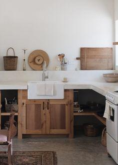 Modern Kitchen Interior photographer Kate Zimmerman's home featured on rip Home Decor Kitchen, Rustic Kitchen, Kitchen Furniture, New Kitchen, Home Kitchens, Neutral Kitchen, Wooden Kitchen, Kitchen Ideas, Smart Kitchen