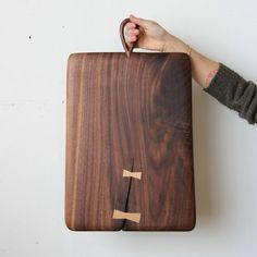 The butterfly joint is seeing a big comeback in design, and Ariele Alasko celebrates it beautifully. Oversized Butterfly Bread Board