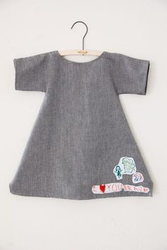 let your kids design and then sew it on. So simple and fun from mycakies