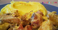 Κοτόπουλο αλα κρεμ, με μπέικον μανιτάρια και σπιτικό πουρέ! Εύκολο, γρήγορο, νόστιμο, ένα φαγάκι παντός καιρού και για κάθε περίσταση. Για το Κοτόπουλο αλα κρεμ Υλικά: 1 κιλό στήθος κοτόπουλου κομμένο σε μπουκίτσες 200 γρ μανιτάρια φρέσκα κομμένα σε φέτες (ή 1 μεγάλη κονσέρβα) 150 γρ What To Cook, Meat, Chicken, Cooking, Food, Kitchen, Kochen, Meals, Yemek