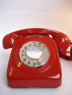 vintage telephone from Sweet Bella