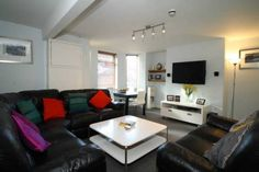 Stunning student accommodation in Leeds. The house is just awesome! 8 bedroom student house, Hyde Park, Leeds