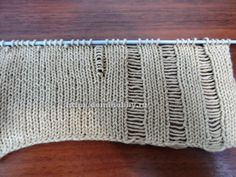 Awesome knit pattern. Website is in Russian but with Google translate you get the idea.