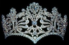 Empress Josephine's tiara close up!