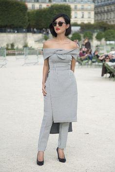 Sofisticación chic... http://www.vogue.mx/moda/moda-en-la-calle/galerias/street-style-blanco-y-negro/3389/image/1229035